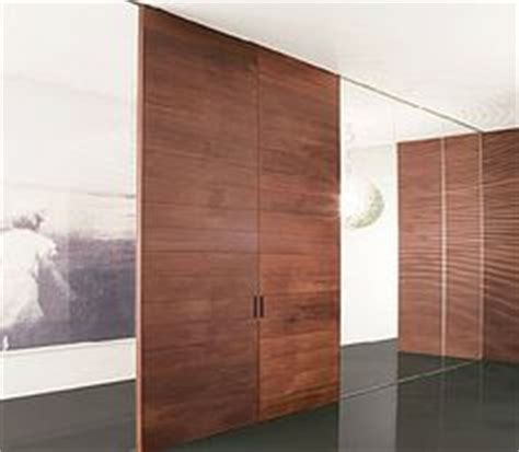 Moving Interior Walls by 1000 Images About Moving Walls On Retractable