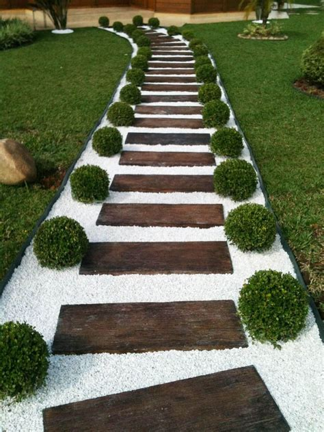 12 ideas for creating the perfect path landscaping ideas best 25 landscaping ideas on pinterest diy landscaping