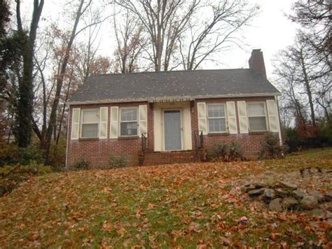 houses for sale knoxville tn 106 overbrook dr knoxville tennessee 37920 foreclosed home information foreclosure