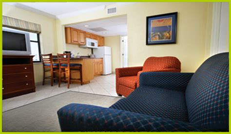 2 bedroom suites in cocoa beach 89 1 night best western cocoa beach family vacation