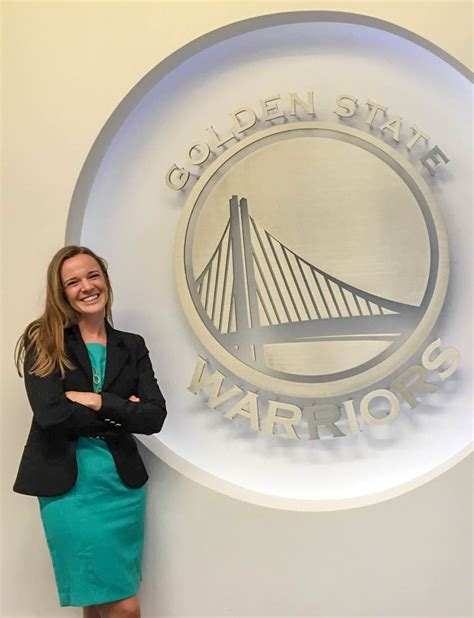 Pittsburgh Mba Class Profile by Class Of 2016 Profile Gwena Pitt Promotes Santa