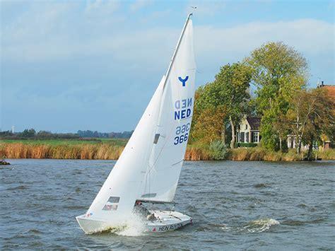 ynling zeilboot racen met dure yngling voor maar 900 per jaar