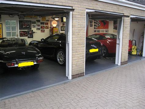 Garage Tiles Uk by Garage Floor Tiles Garage Flooring Garage Floor Covering