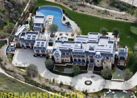 dr dre house dr dre wants tom brady s home but not the furniture