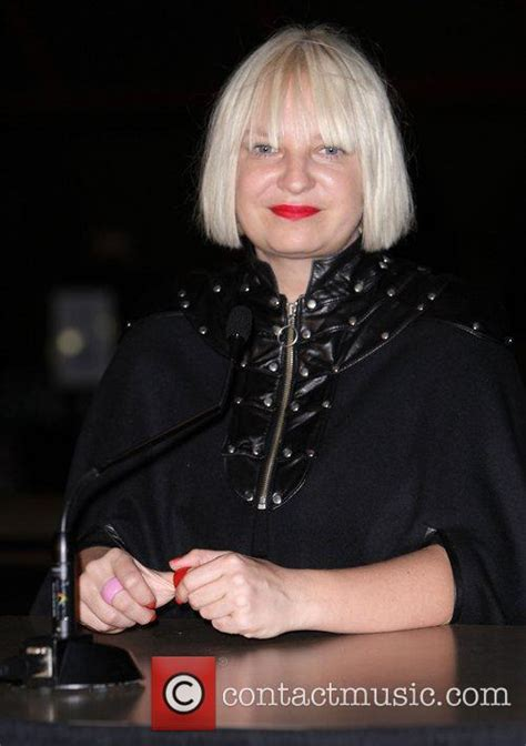 sia musician wikipedia sia the 2010 australian recording industry aria awards held at the sydney opera house