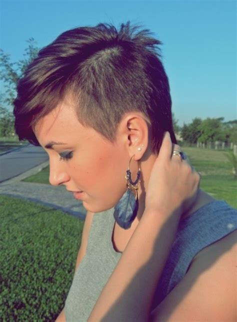 what does a bob hair cut loom like the 25 best ideas about asymmetrical pixie cuts on