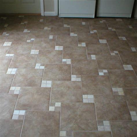 Pvc Fliesen Sind Sie Passend F 252 R Ihr Badezimmer Bathroom Floor Tile Design Patterns