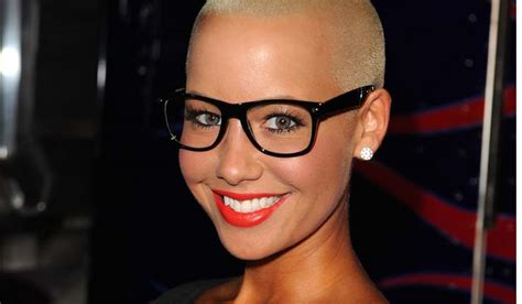 Amber rose stepped out for vh1 big in 2015 in a little black dress