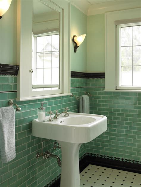 Can i paint my 1950 s green tile small bathroom dark green
