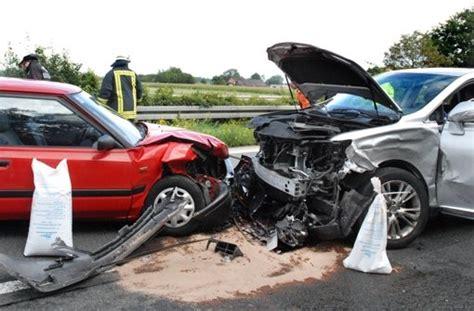 Kfz Versicherung Kündigen Frist 2014 by Gut Versichert Was Tun Wenn Der Versicherer K 252 Ndigt