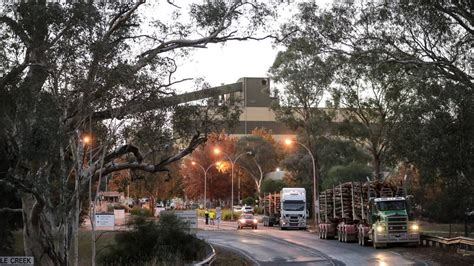two dead one fighting for after toxic gas leak at nsw mill western advocate two dead one fighting for after toxic gas leak at nsw mill western advocate