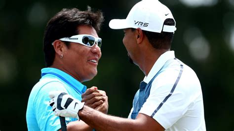 tiger woods new swing coach tiger woods new swing coach notah begay