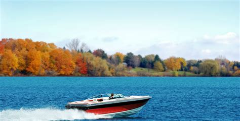 lake boats best fall boating 5 best boating spots to enjoy nature s