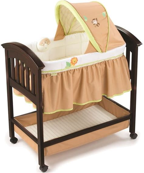 summer infant classic comfort wood bassinet summer infant wood bassinet swingin safari