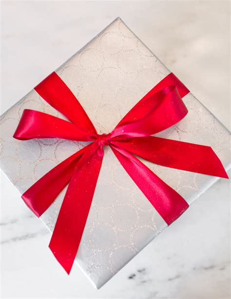 Top Silky Ribbon Side Import a perfectly wrapped present how to wrap a gift and tie a