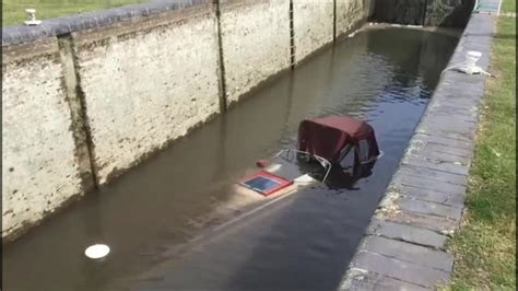 york river boat sinks york river boat sinks york river boat sinks boat sinks in
