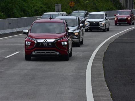 Cover Mobil Mitsubishi Xpander menguji mitsubishi xpander dari semarang hingga