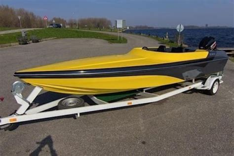 speedboot phantom phantom 21 260pk v6 race trailer advertentie 436217