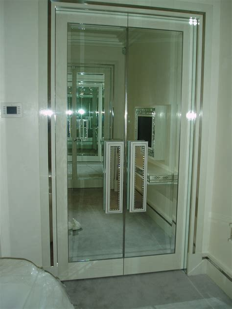 Wardrobe Doors Mirror by Mirror Mirrored Wardrobe Doors And Handles1 Glass Glazing Solutions