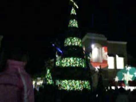 the shops at wiregrass mall s christmas light show youtube