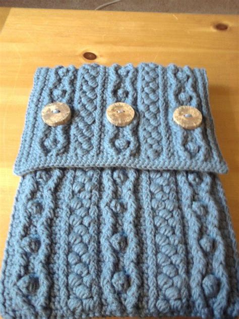 free pattern crochet laptop bag 25 patterns i want to crochet for blog a long crochet bag