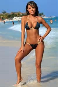Bikini and fashion best shot challenge keith mcnulty ujenaswimwear
