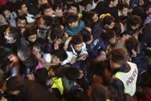Footage Briefprobe Shanghai Stede Footage Of Crushed Crowd Emerges As President Xi Jinping Orders Probe Abc