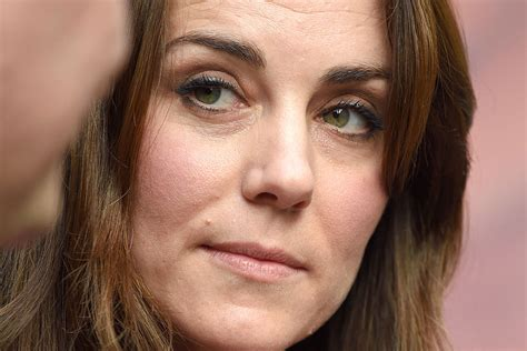kate middleton wrinkles on forehead what s troubling duchess kate is the prince watching