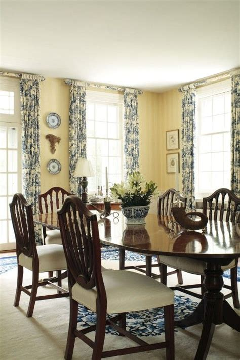 dining room colorsuse  blue toile