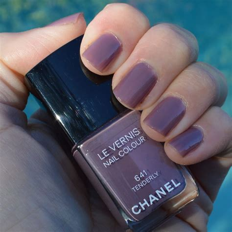 popular nailcolor 2015 chanel spring 2015 nail polish www pixshark com images