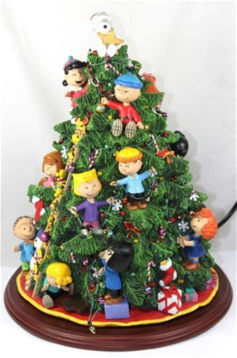 peanuts christmas tree danbury mint figurine 2003