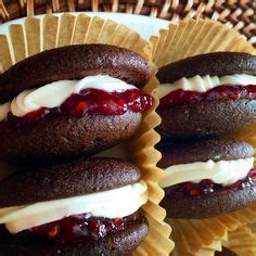 Links From Whoopie Pies To Keller by Raspberry Buttercream Frosting On Buttercream