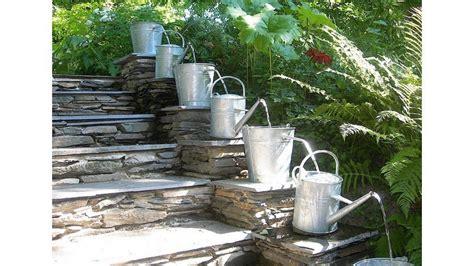 ide desain air mancur  taman kecil