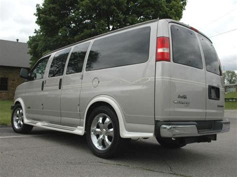 how do cars engines work 2006 chevrolet express 3500 lane departure warning buy used 2006 chevy express quot santa fe quot edition conversion van awd in butler pennsylvania