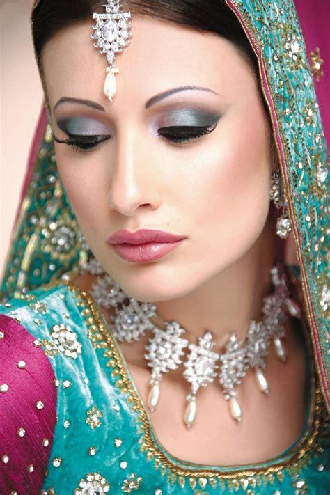 bridal hairstyles video in urdu beautiful and pretty bridal makeup tafreeh mela