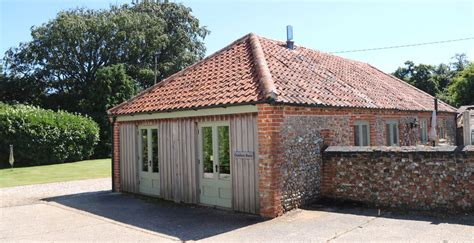 self catering cottages in norfolk norfolk rural cottages self catering accommodation