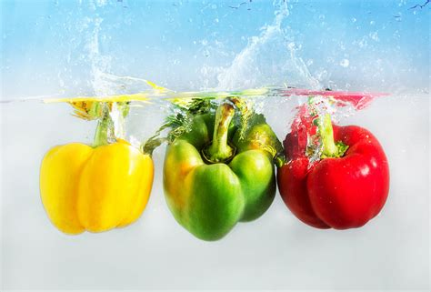fruit 90 percent water vegetables that contain the most water hydrating fruits