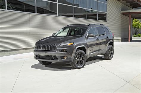 jeep cherakee 2016 jeep v 6 test review motor trend