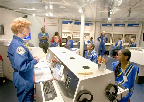 challenger learning the challenger learning center st louis isdc 174 2017