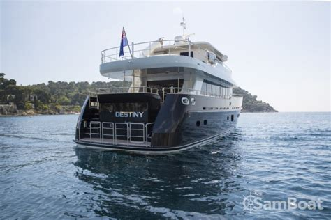 rent a yacht fifth ocean yachts 23 90 metres 78 5 - Cheap Boat Rentals Naples Italy