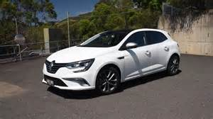 Renault Megan 2017 Renault Megane Gt Line With 1 2 Turbo Sounds Great