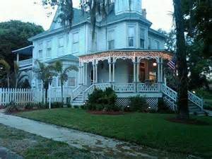 strawberry mansion growing up in melbourne florida