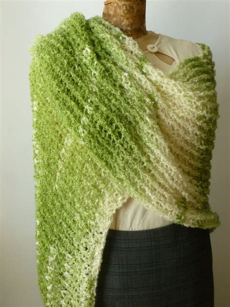 how to loom knit a shawl loom knit shawl in clover field green