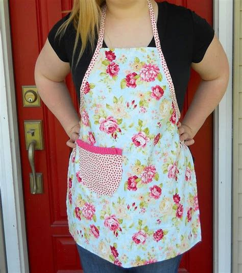 pattern for simple apron free apron pattern and easy apron tutorial simply sewing