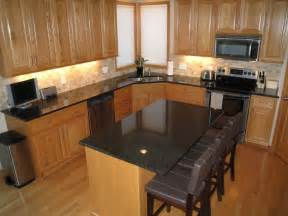 Kitchen Colors With Oak Cabinets And Black Countertops Grey Countertops With Oak Cabinets Search Kitchen Subway Tile