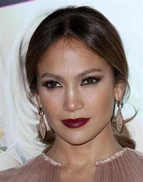 2014 what color lipstick does jennifer lopez wear on american idol beige shirt and jlo vy make up fabrication