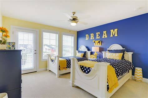Blue And Yellow Bedroom by Trendy And Timeless 20 Rooms In Yellow And Blue
