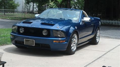 2006 mustang images 2006 ford mustang convertible v pictures information