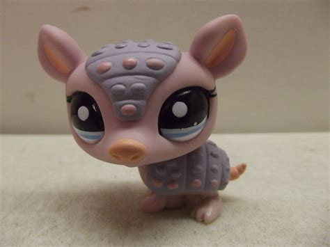 Armadillo Pet Pet Pet Product by Littlest Pet Shop Lps Purple Pink Armadillo 1379 Ebay