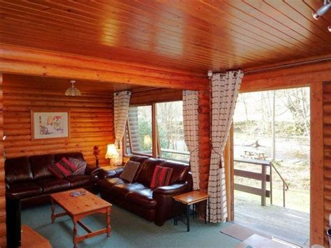 Riverside Log Cabins Comrie by Riverside Cabins Comrie Scotland Cground Reviews